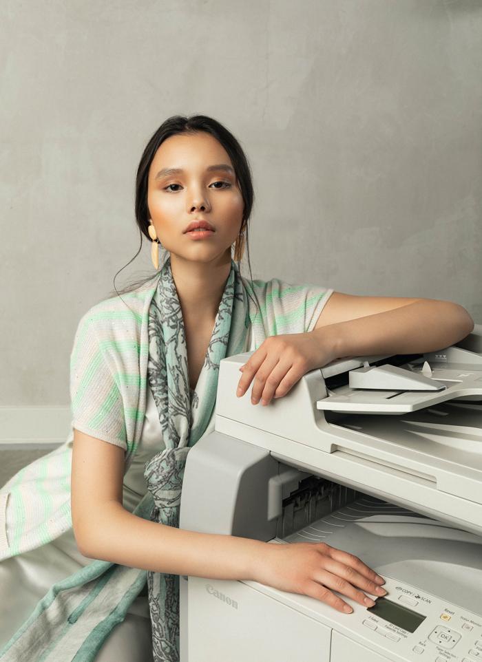 Оффис хувцаслалтын шинэ дүрмүүд: Хээнцэр, хүчирхэг, тухтай (фото 11)