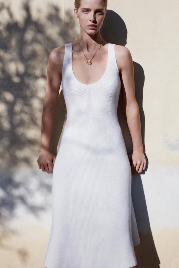 Энэ хавар-зуны улиралд өмсөх 5 гол материал (фото 2)