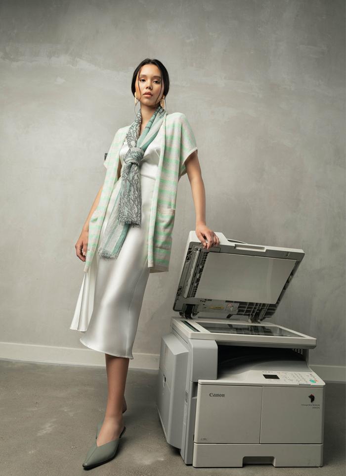 Оффис хувцаслалтын шинэ дүрмүүд: Хээнцэр, хүчирхэг, тухтай (фото 10)