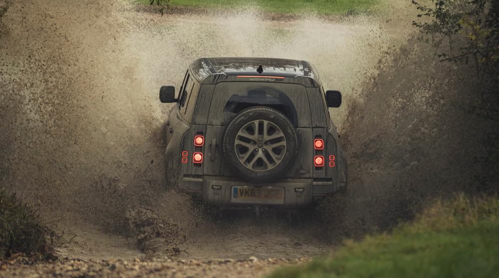 XXI зууны адал явдал эрэлхийлэгчдэд зориулсан шинэ үеийн Land Rover Defender (фото 8)