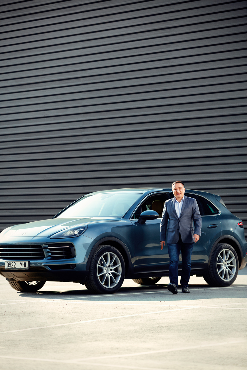 Porsche эзэмшигчийн түүх: И.Басхүү болон түүний Cayenne (фото 1)