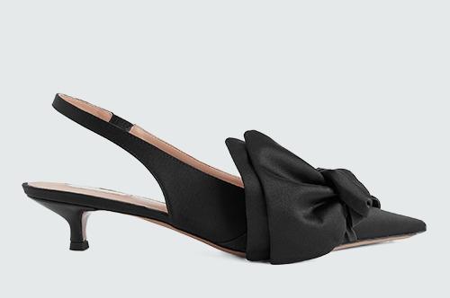 Хамгийн энгийн хувцсыг ч гайхалтай харагдуулах 20 баярын туфли (фото 20)