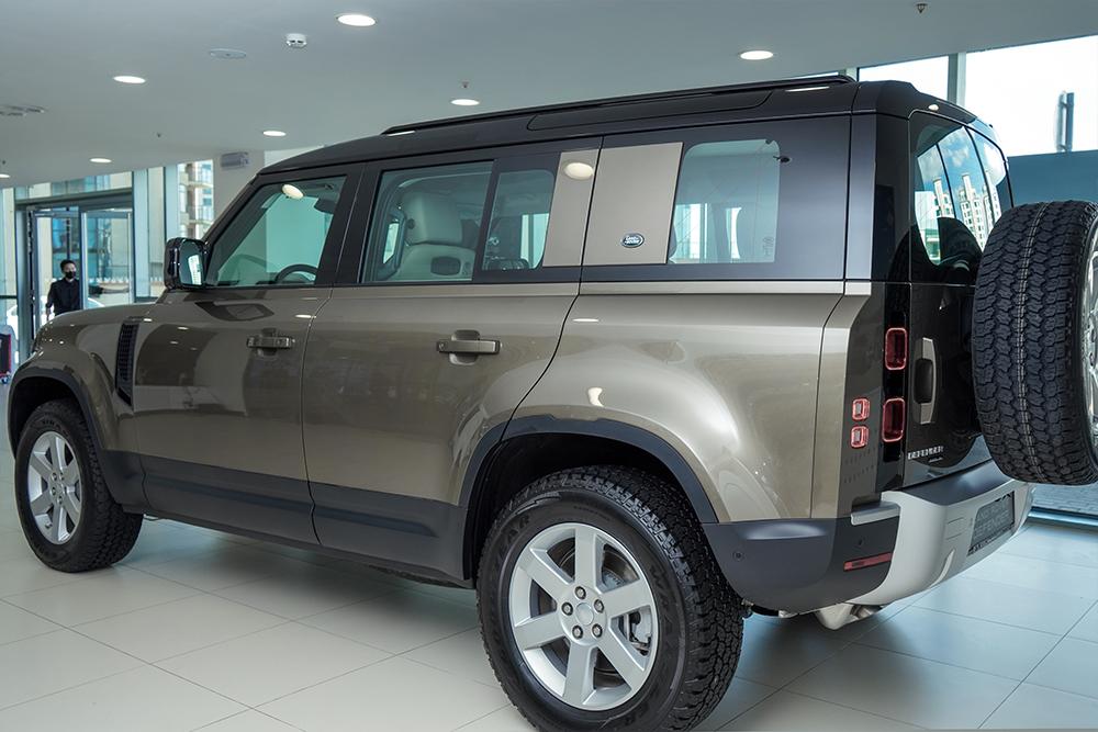 XXI зууны адал явдал эрэлхийлэгчдэд зориулсан шинэ үеийн Land Rover Defender (фото 27)