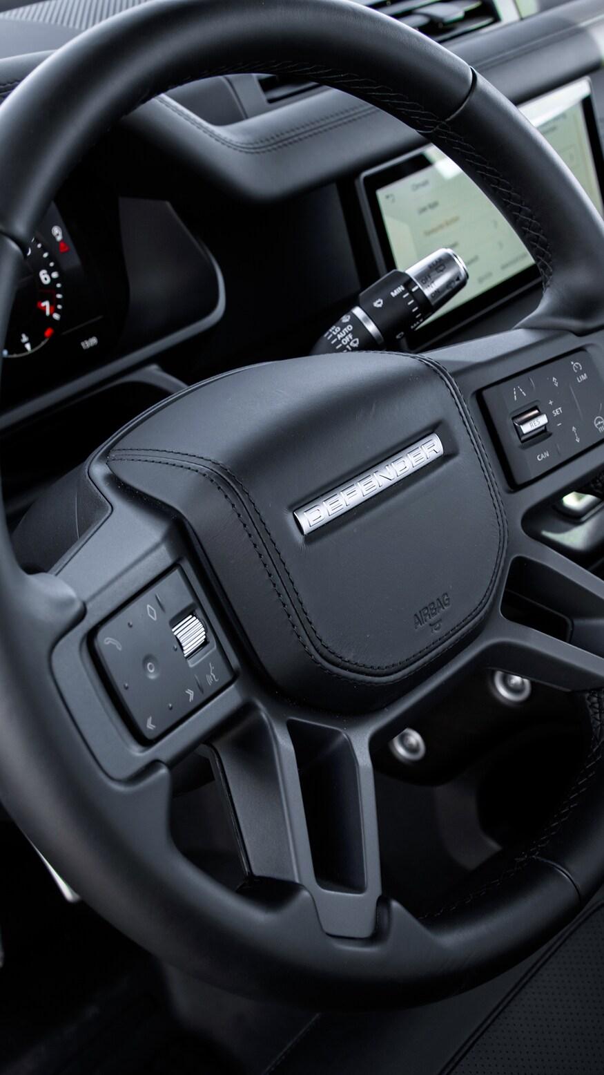 XXI зууны адал явдал эрэлхийлэгчдэд зориулсан шинэ үеийн Land Rover Defender (фото 9)