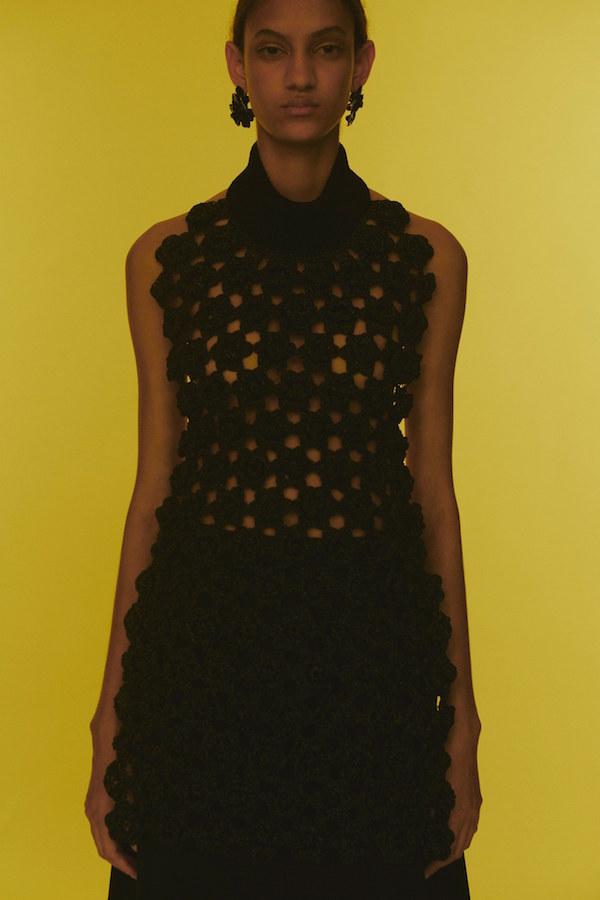 Энэ хавар-зуны улиралд өмсөх 5 гол материал (фото 14)