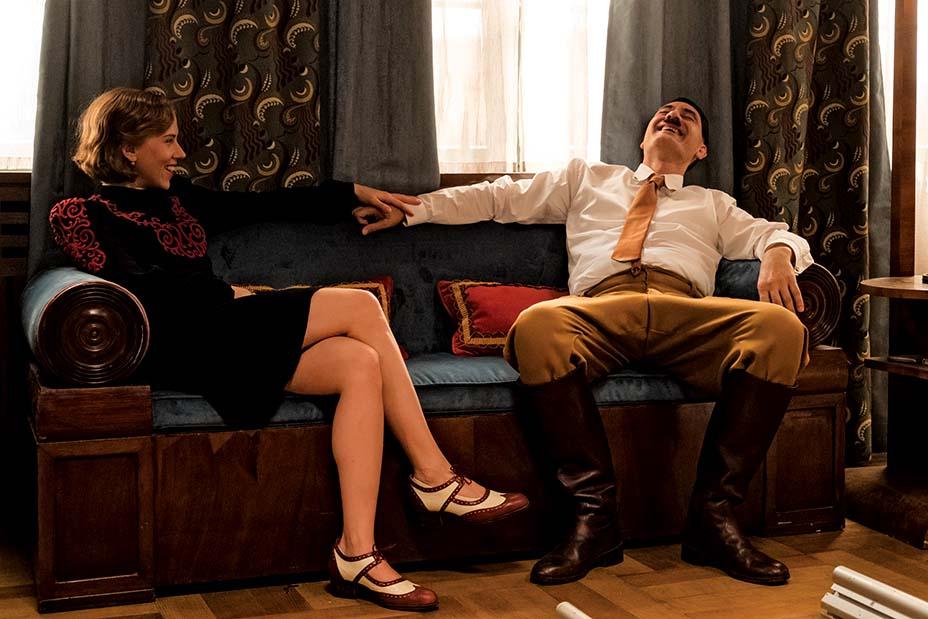 """Скарлеттыг хувцасласан нь: """"Jojo Rabbit"""" киноны костюм дизайнертай хийсэн ярилцлага (фото 5)"""