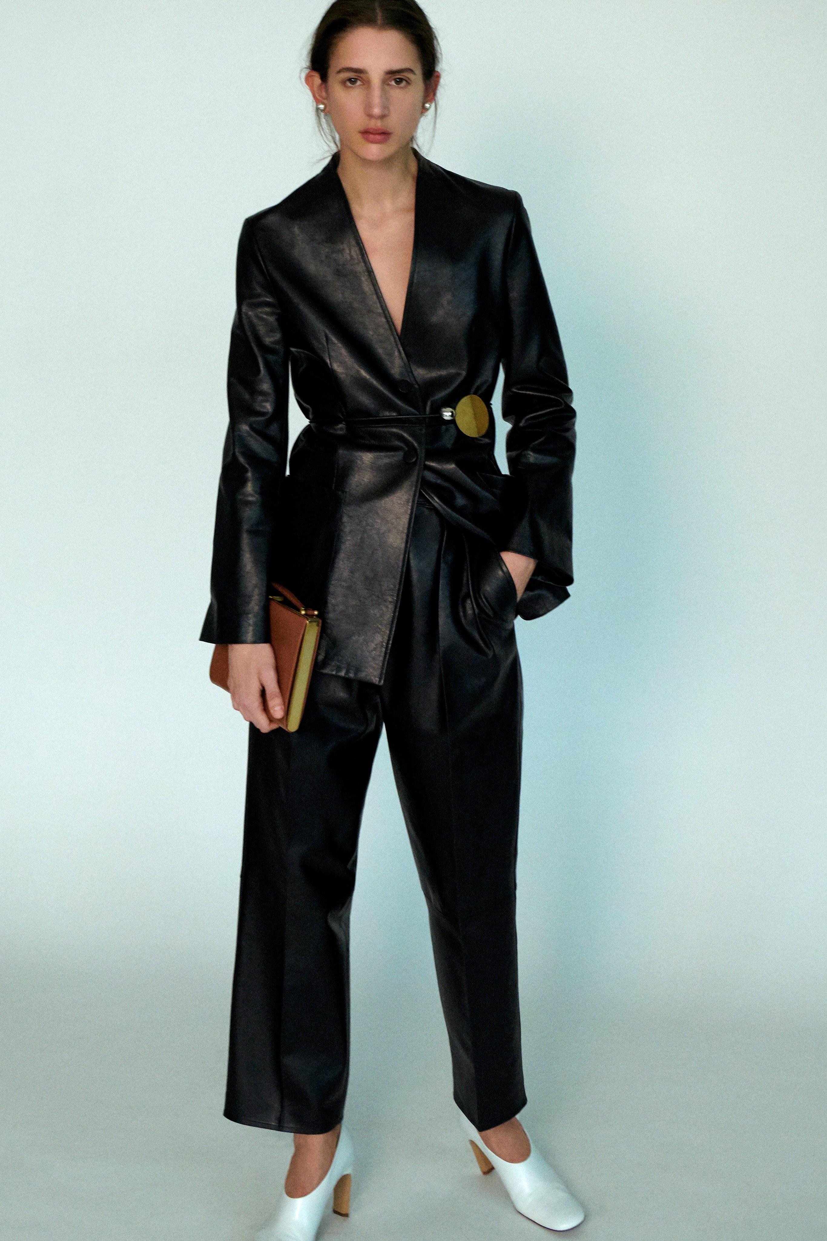 Савхин пиджак, макси юбка болон бусад дурсамж сэргээсэн 2020 оны ретро трендүүд (фото 3)