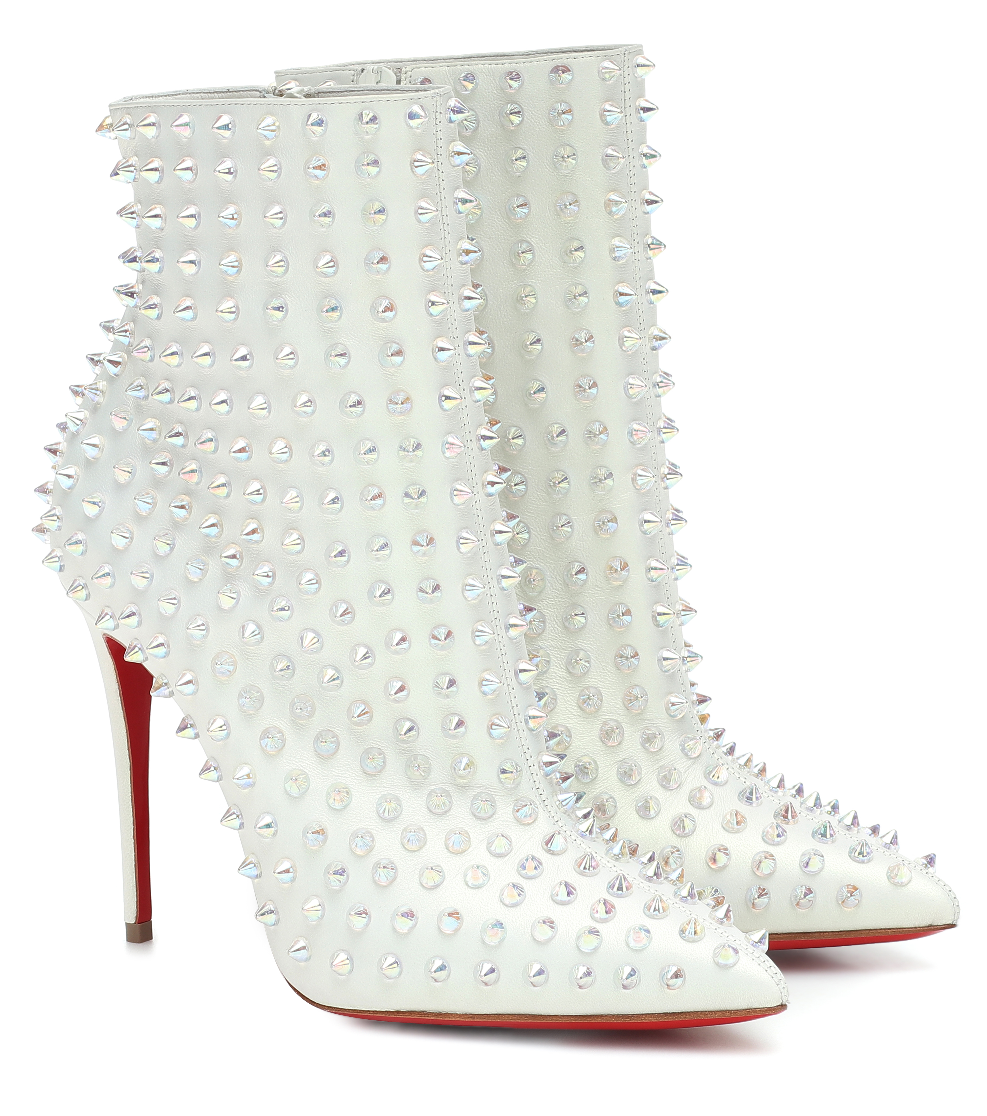 Mytheresa's exclusive capsule collection with Christian Louboutin is now available (фото 11)