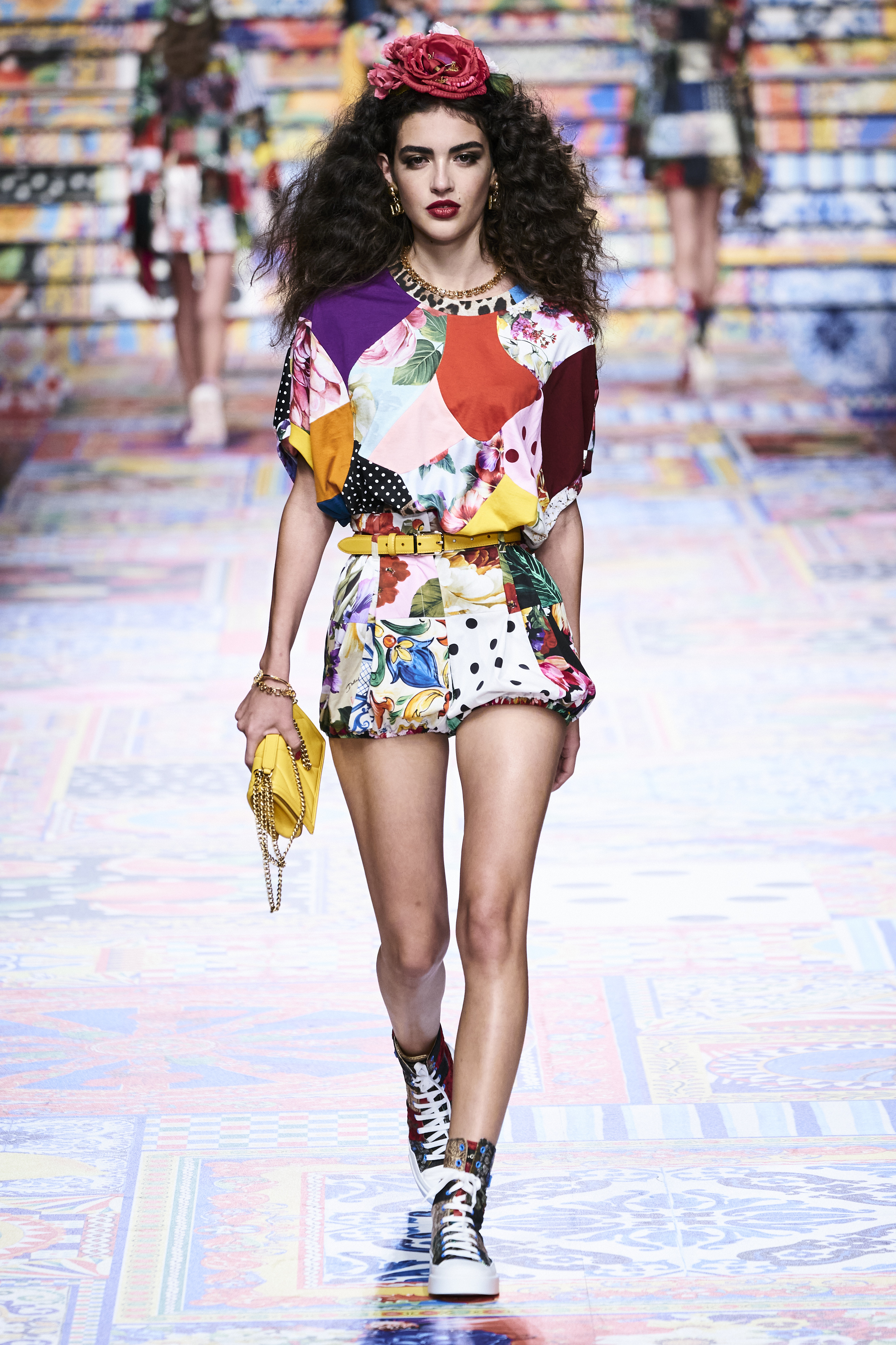 Prints galore: Dolce & Gabbana and Versace's Spring/Summer '21 collection (фото 2)