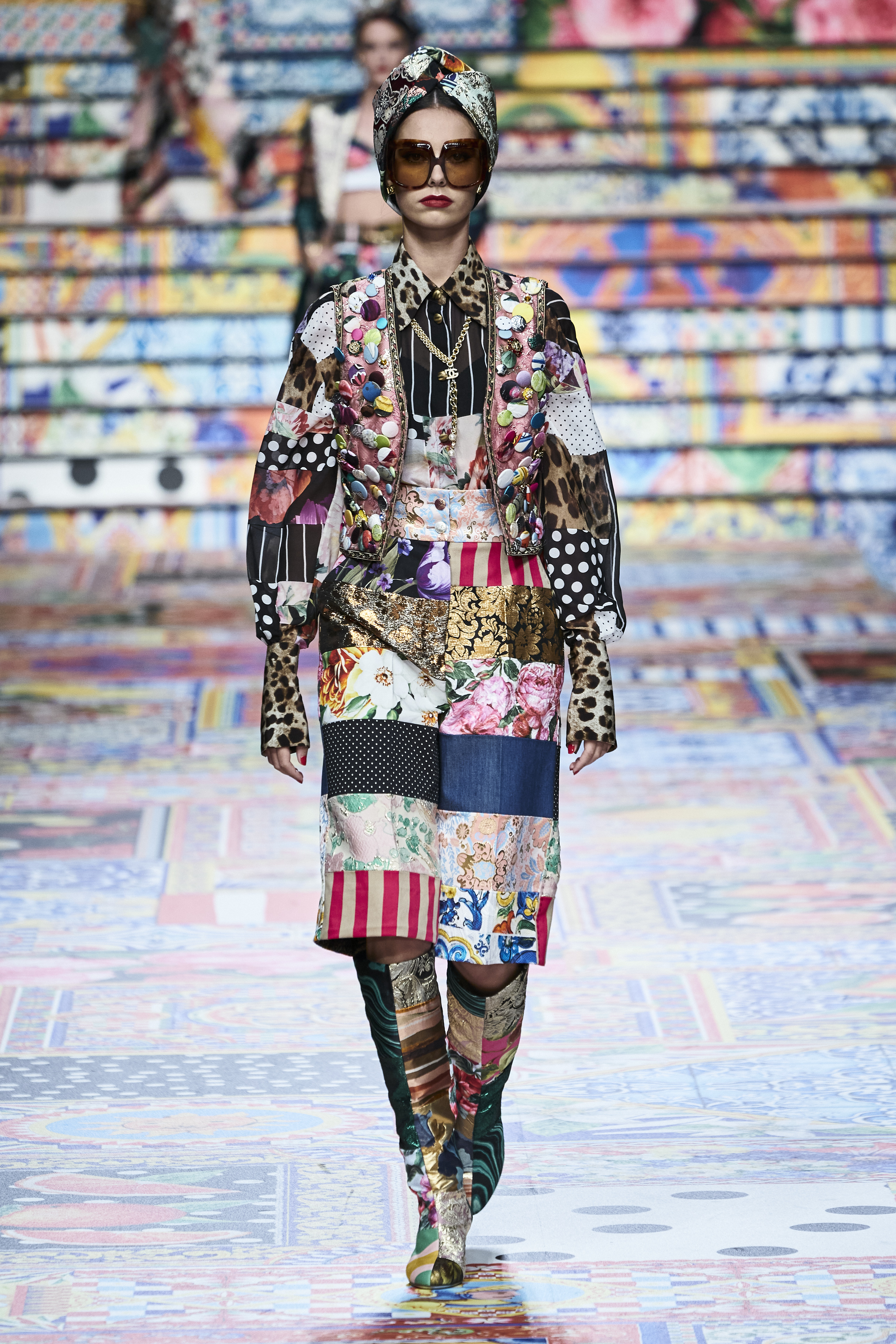 Prints galore: Dolce & Gabbana and Versace's Spring/Summer '21 collection (фото 1)