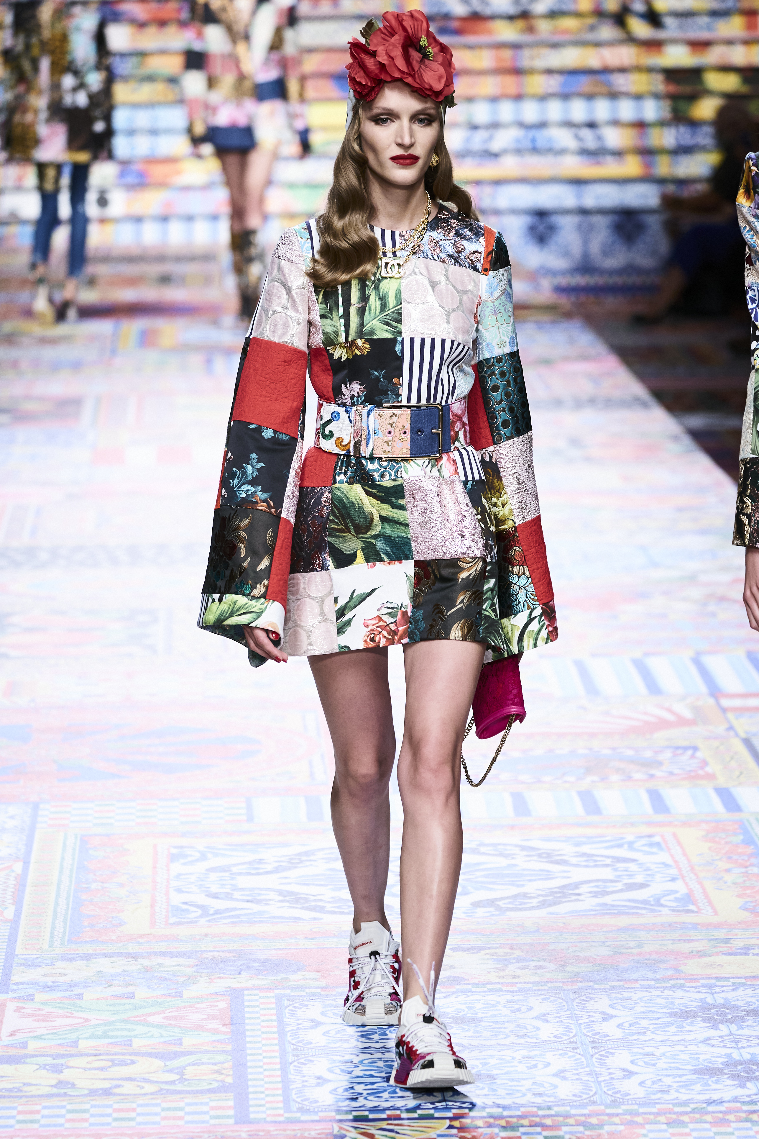 Prints galore: Dolce & Gabbana and Versace's Spring/Summer '21 collection (фото 12)