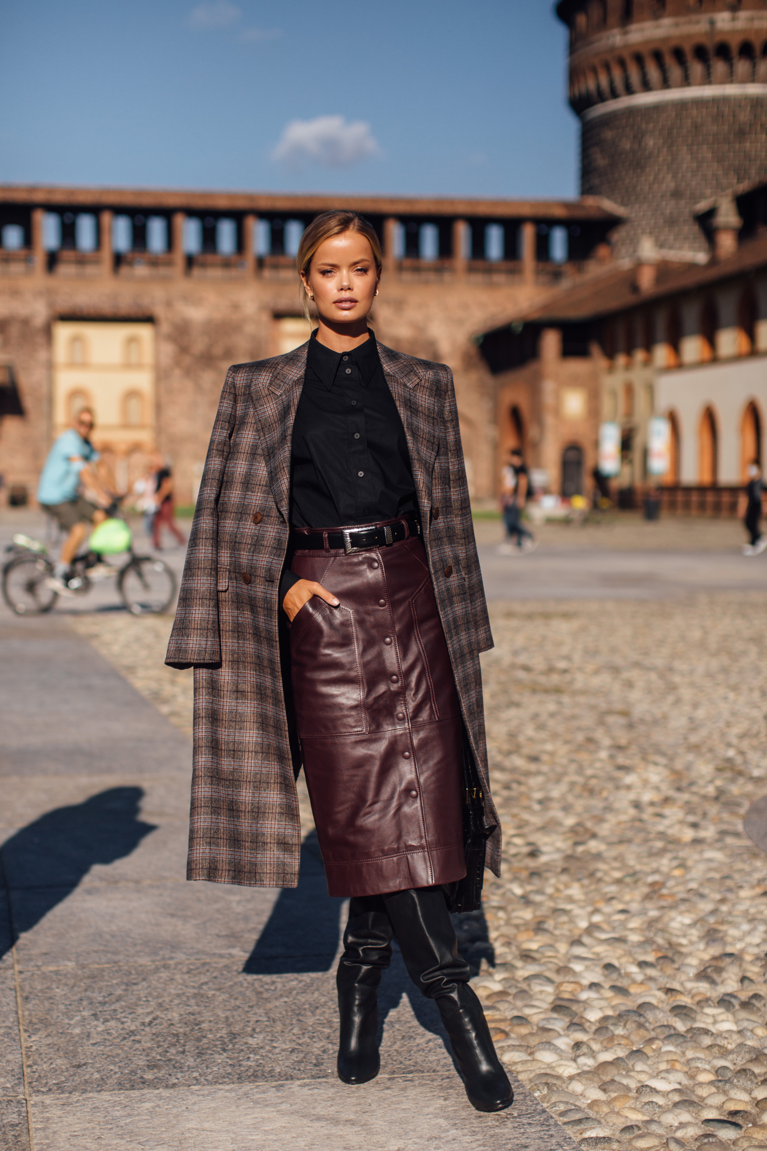 Spotted: Street style in times of the coronavirus (фото 5)