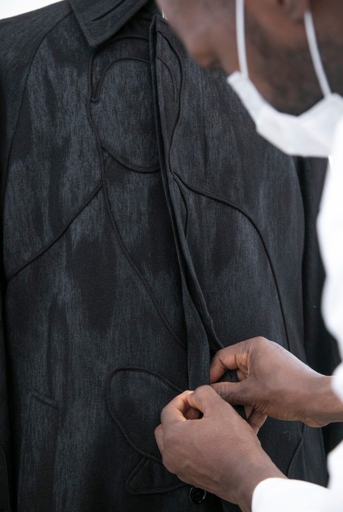 At Dior, Kim Jones shines the spotlight on Ghana with artist Amoako Boafo (фото 10)