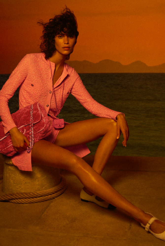 Take a trip around the Mediterranean with Chanel's Cruise '21 collection (фото 2)