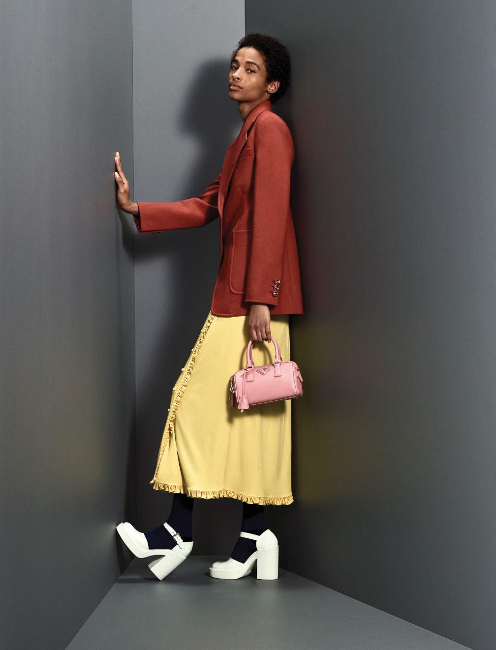 Prints, power and positivity are at the heart of Prada's Pre-Fall '20 collection (фото 13)