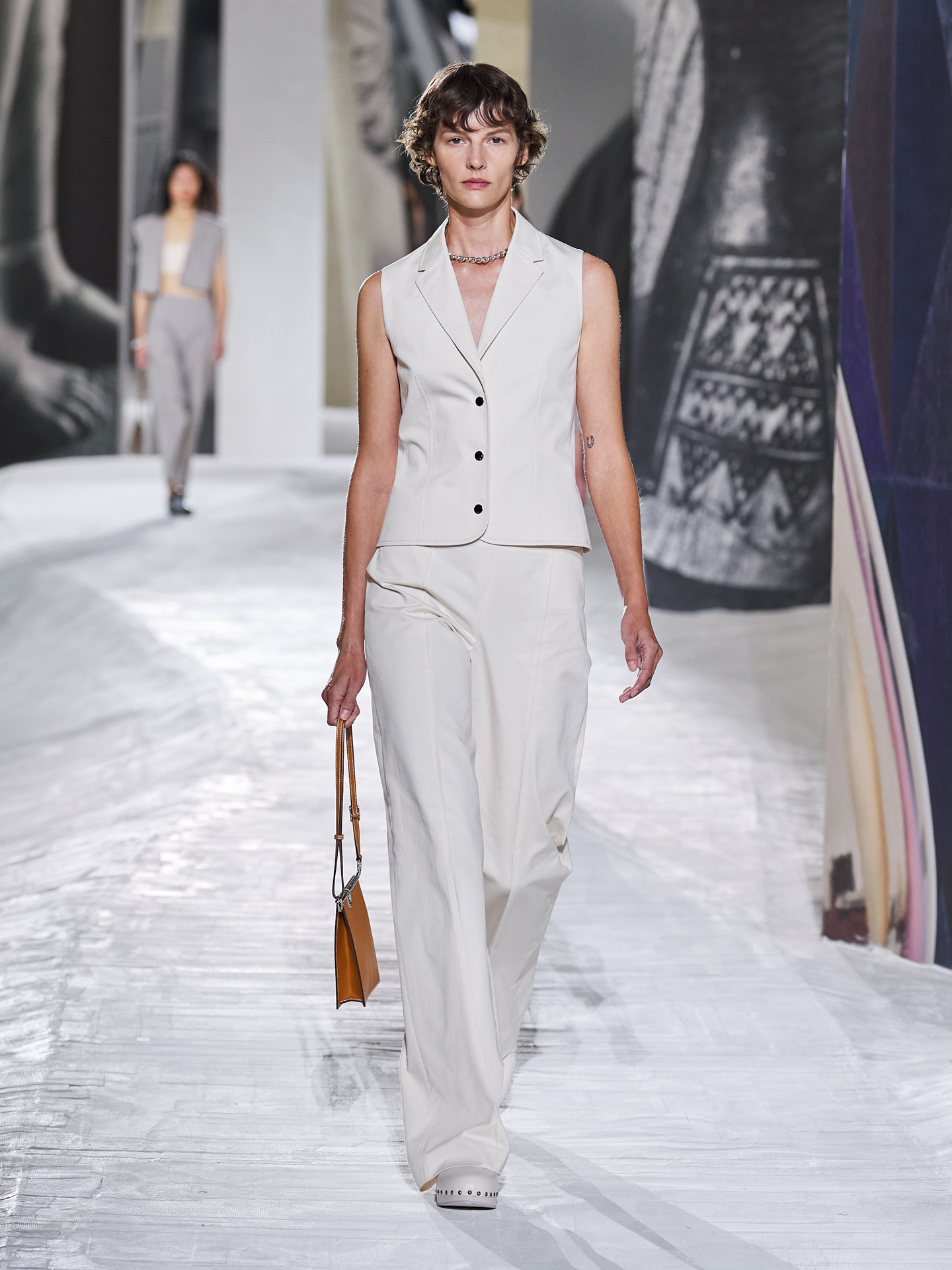 Hermès brings depth and definition for Spring/Summer '21 (фото 12)