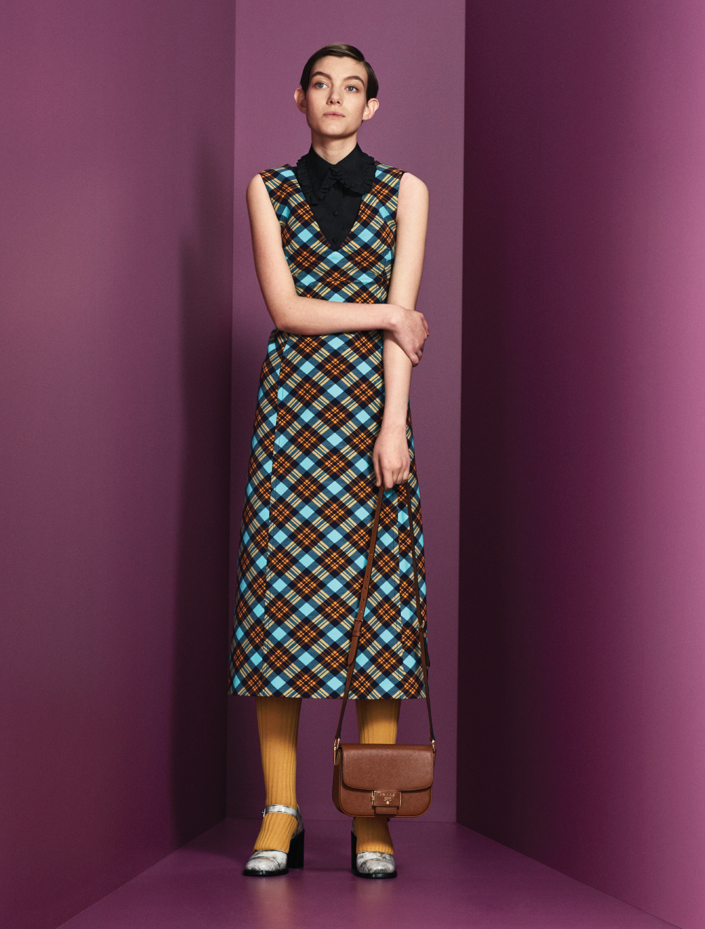 Prints, power and positivity are at the heart of Prada's Pre-Fall '20 collection (фото 15)