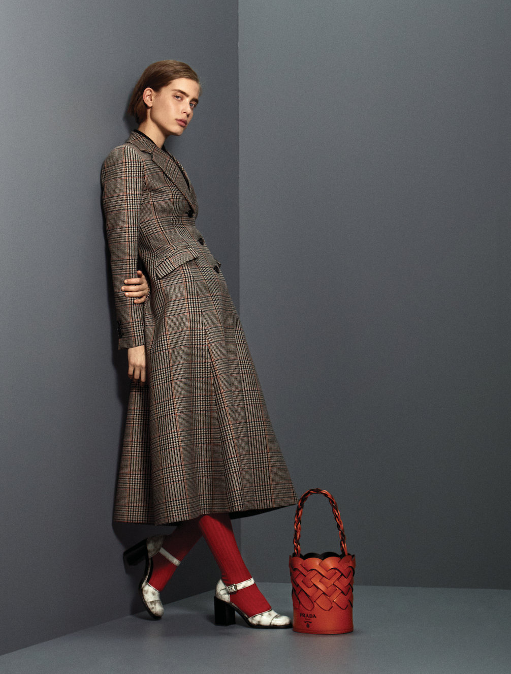 Prints, power and positivity are at the heart of Prada's Pre-Fall '20 collection (фото 7)