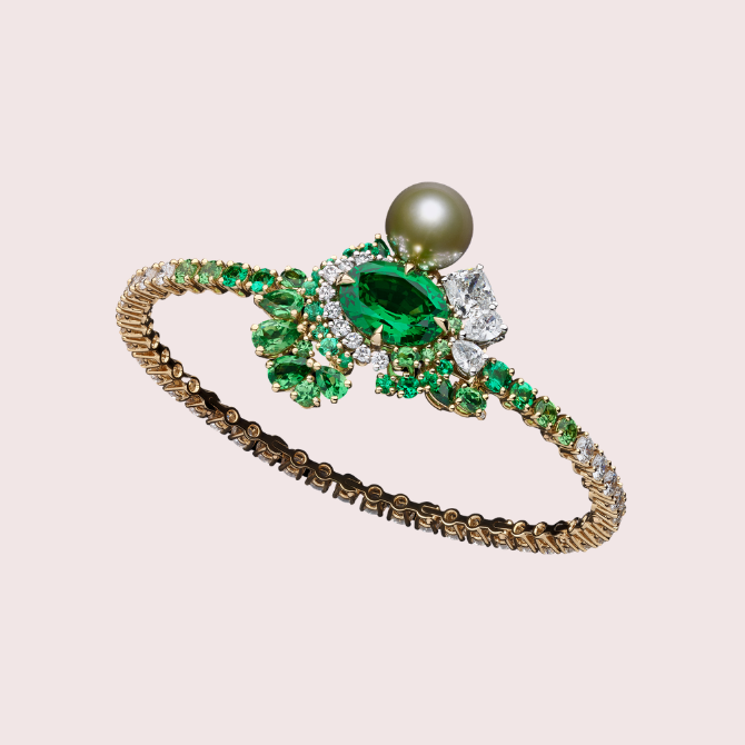 Celebrate Emirati Women's Day in style with these stunning jewellery pieces (фото 5)