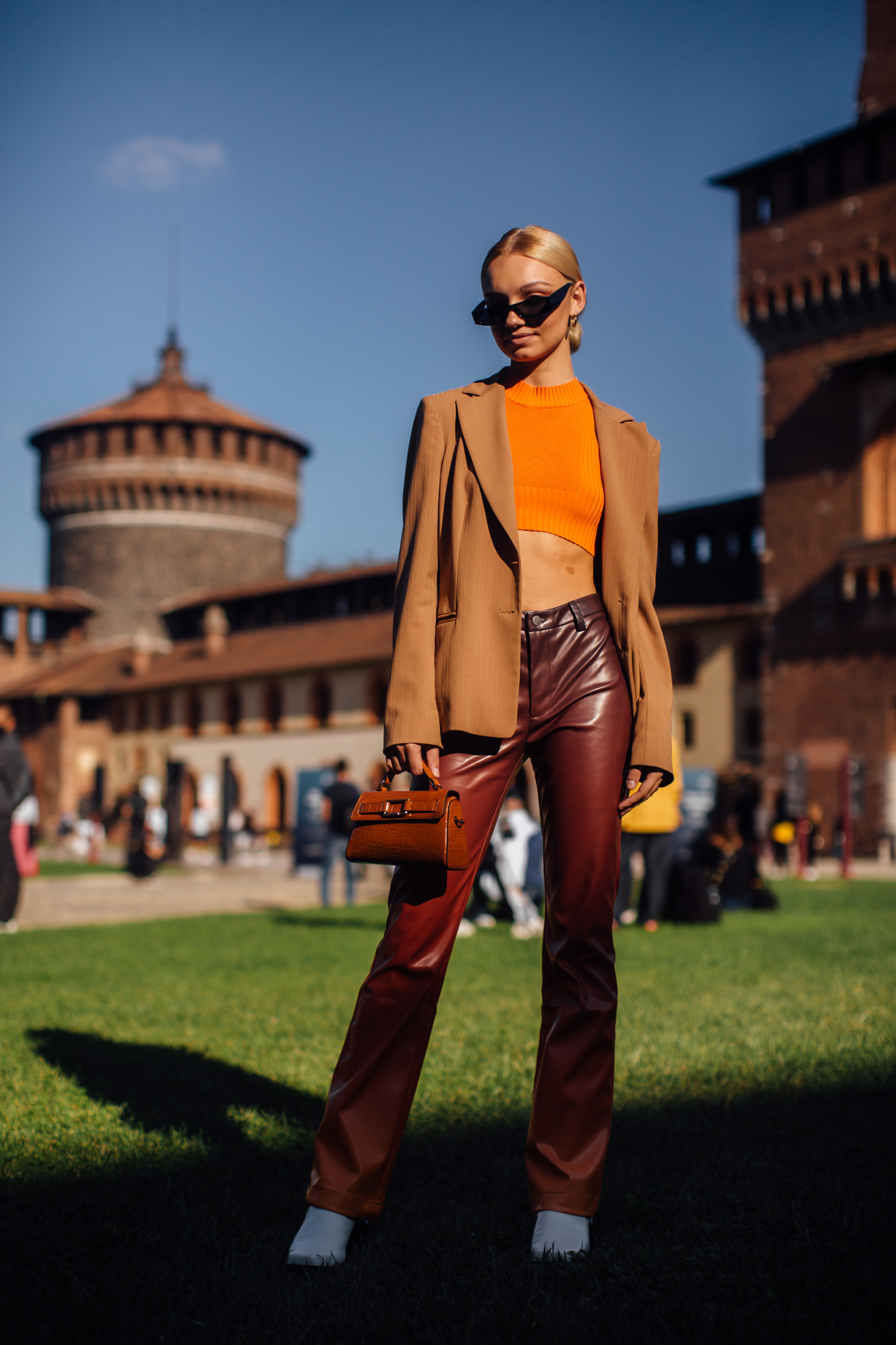 Spotted: Street style in times of the coronavirus (фото 1)