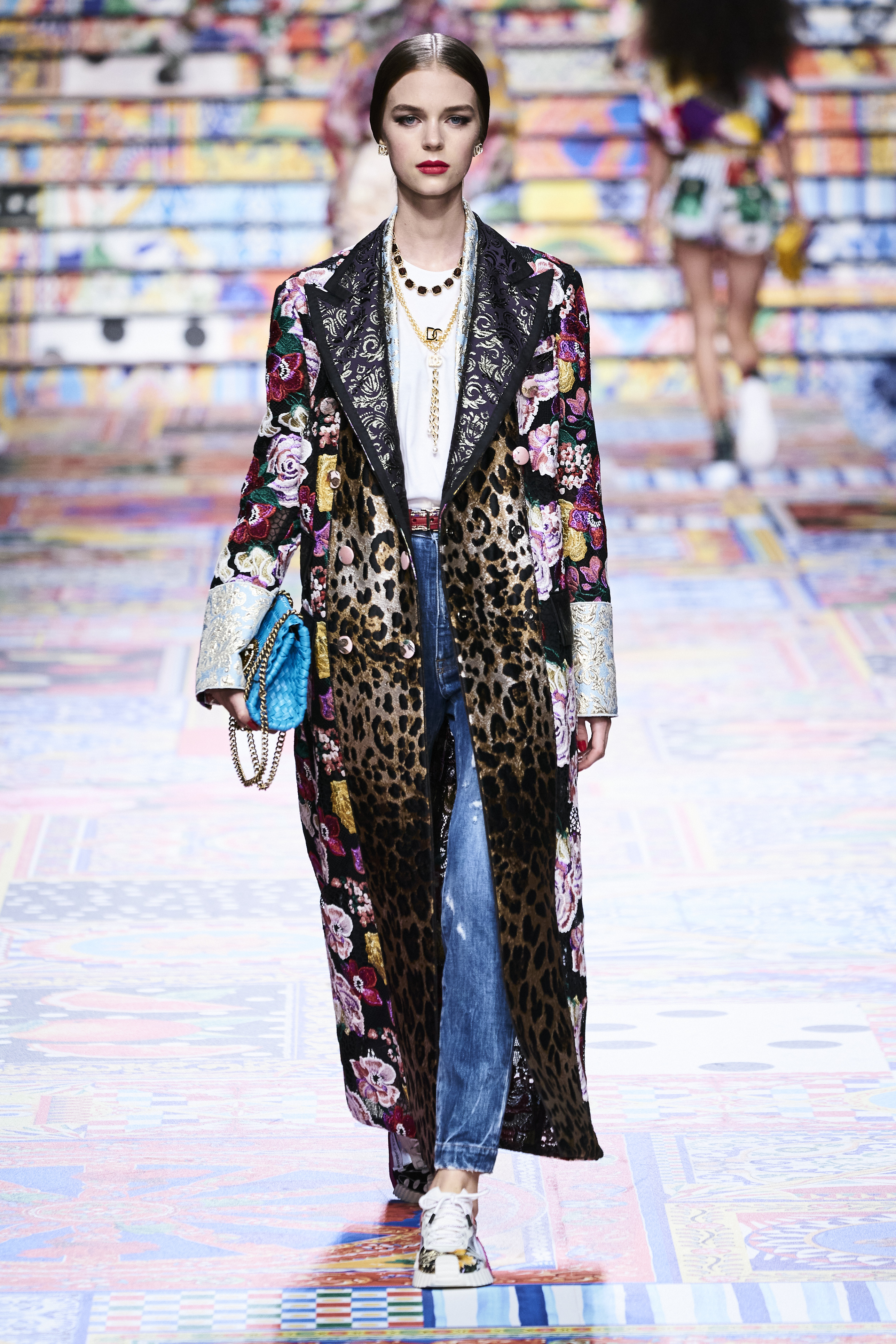 Prints galore: Dolce & Gabbana and Versace's Spring/Summer '21 collection (фото 5)