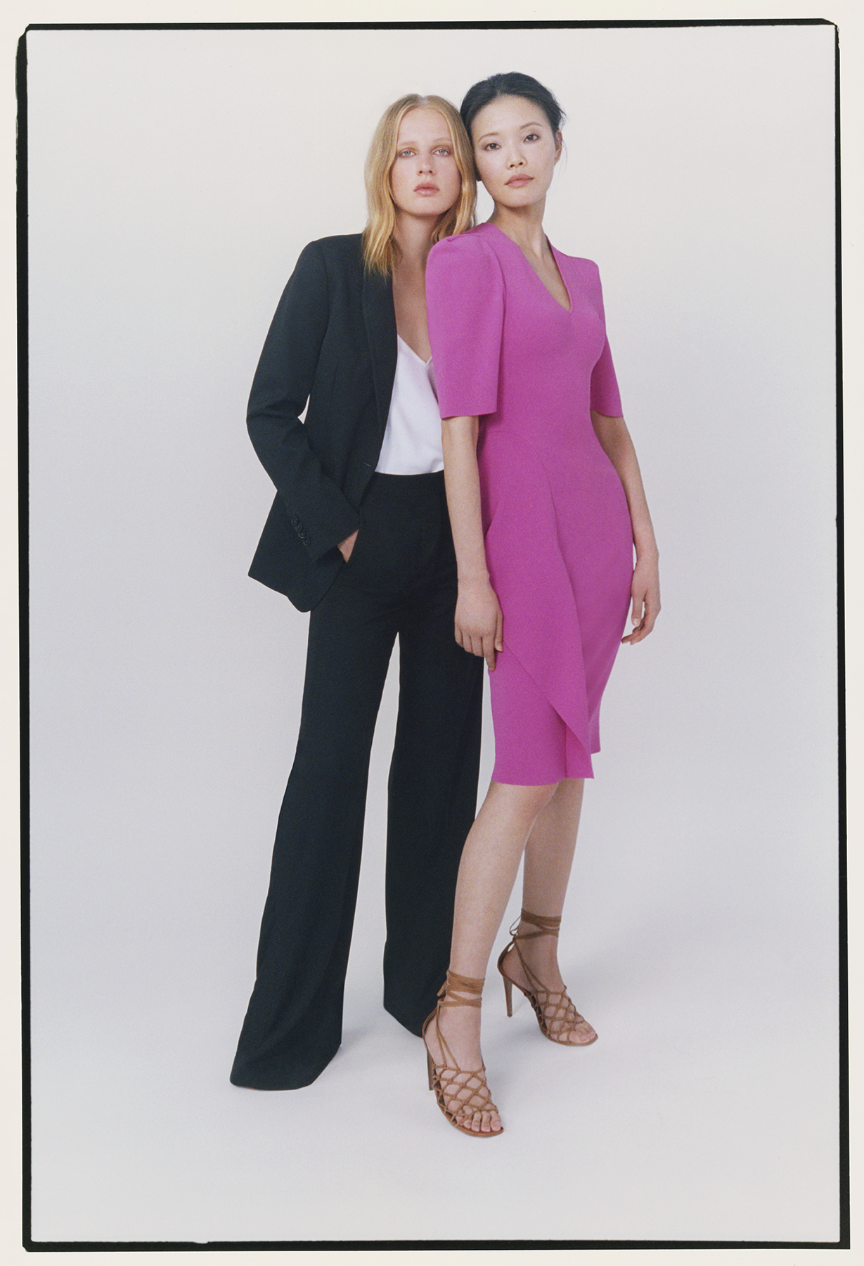 Exclusive: Mytheresa ambassador Stella McCartney presents her capsule collection (фото 9)