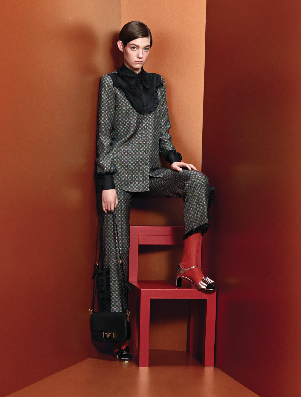 Prints, power and positivity are at the heart of Prada's Pre-Fall '20 collection (фото 3)