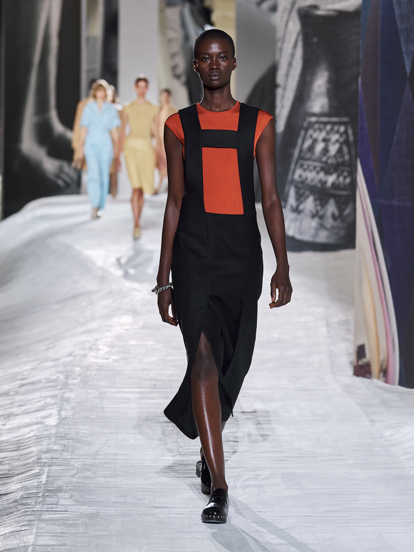 Hermès brings depth and definition for Spring/Summer '21 (фото 19)