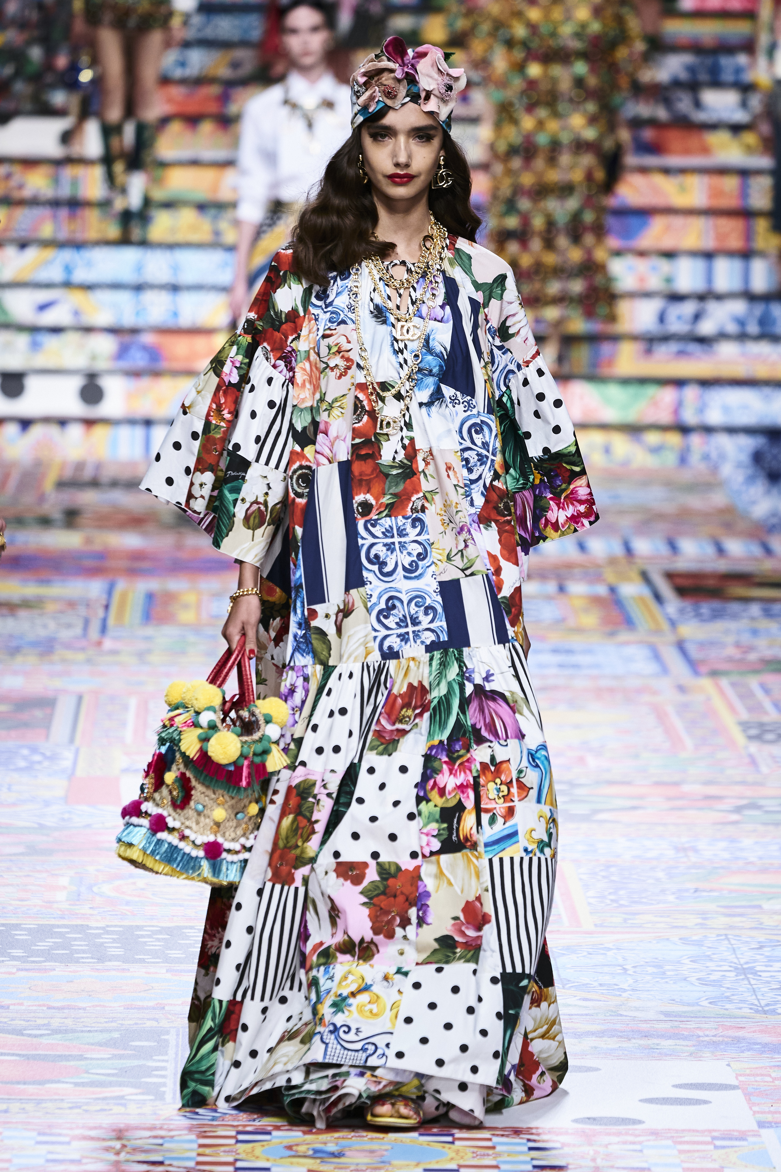 Prints galore: Dolce & Gabbana and Versace's Spring/Summer '21 collection (фото 9)