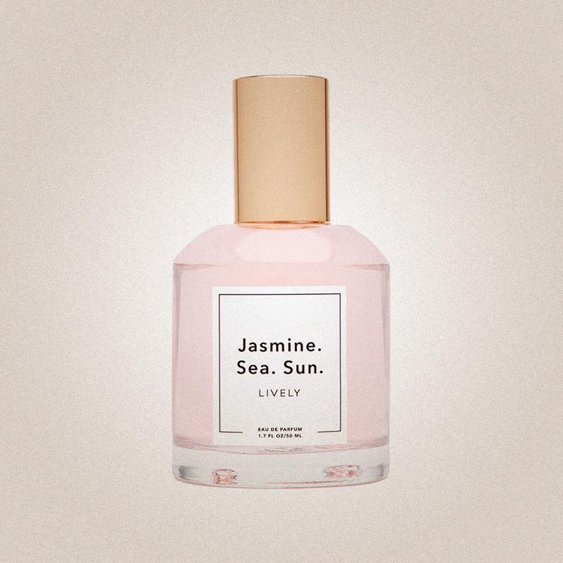 Jasmine. Sea. Sun., Lively