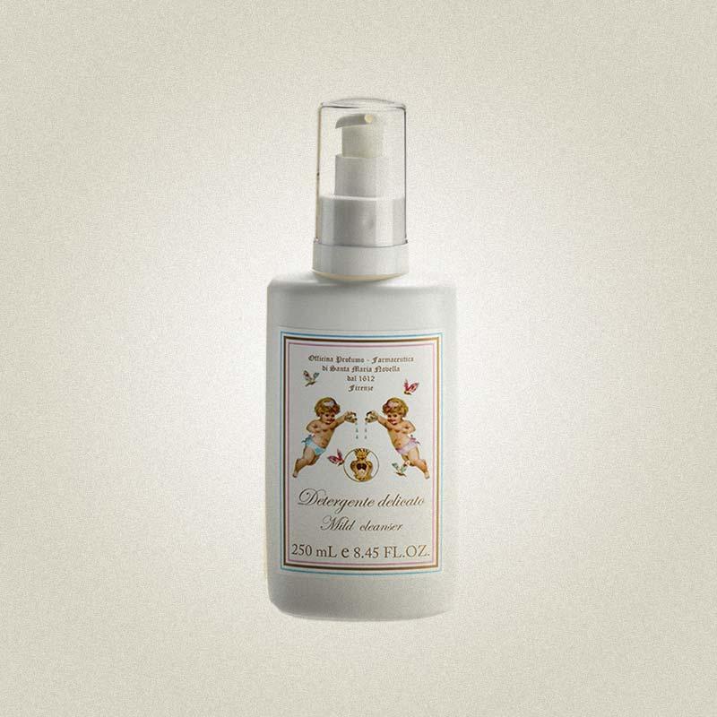 Деликатное очищающее жидкое средство для малышей, Santa Maria Novella