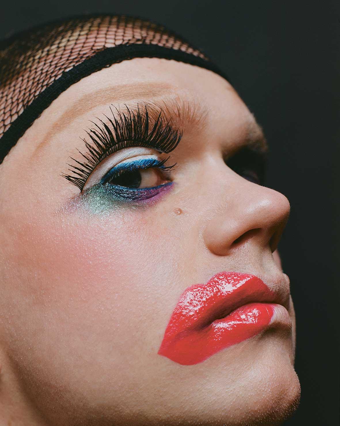 Театральный макияж