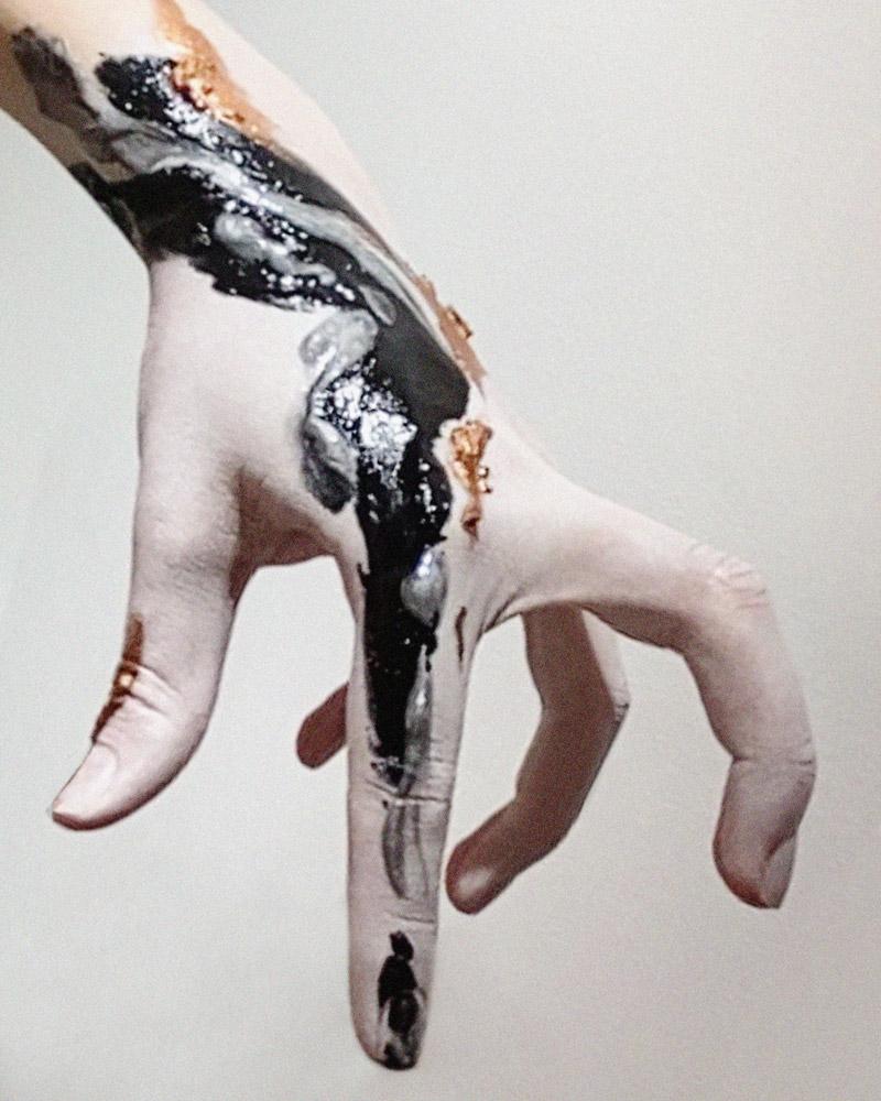 Все в твоих руках: арт-проект Париж — Москва
