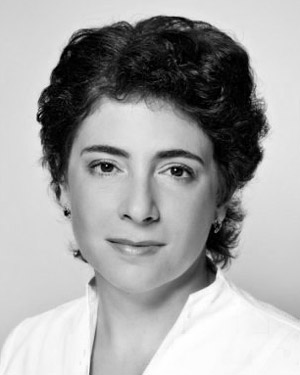 Лариса Сафонова