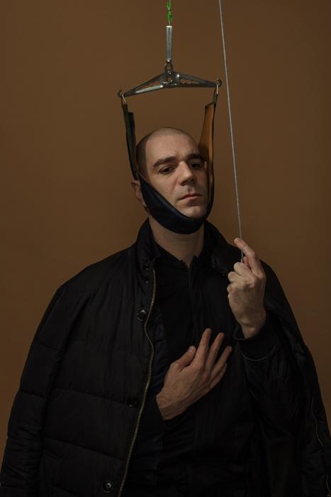 Автопортрет с петлей Глиссона